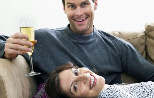 Ученые: женщины догнали мужчин попотреблению алкогольных напитков